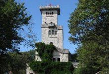 Древняя башня на горе Ахун