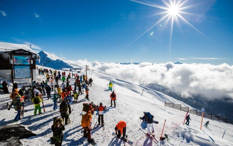 Покататься на лыжах в Роза Хутор