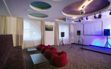 AZIMUT Hotel Freestyle_karaoke