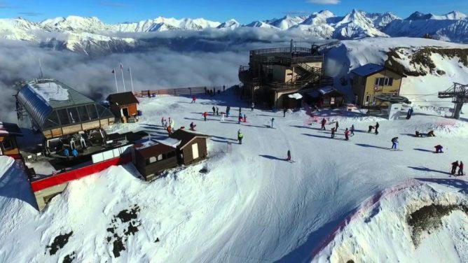 Катаемся на лыжах в Новый год