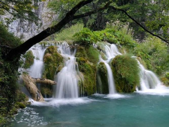 Сочинская достопримечательность 33 водопада