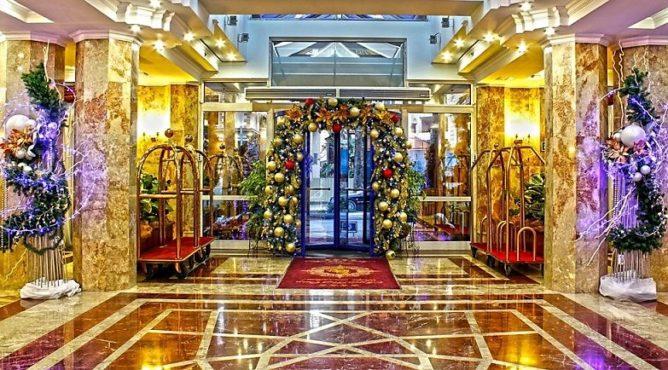 Встречаем Новый год в Маринс Парк отель