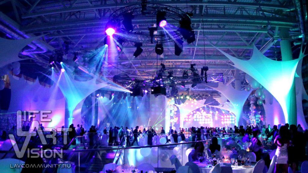 новогодняя дискотека в ледяном кубе