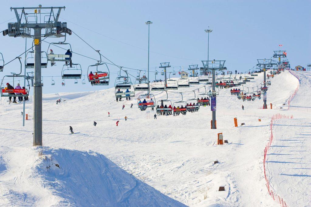 Где полюбить сноуборд: горнолыжные курорты и кэмпы