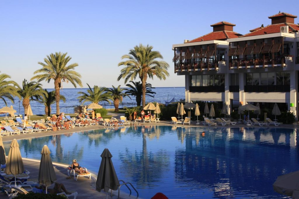 Отдых с комфортом: топ-5 лучших отелей Турции