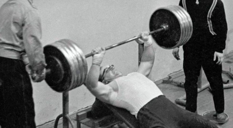 Как «железный русский из СССР» повлиял на становление «железного Арни»