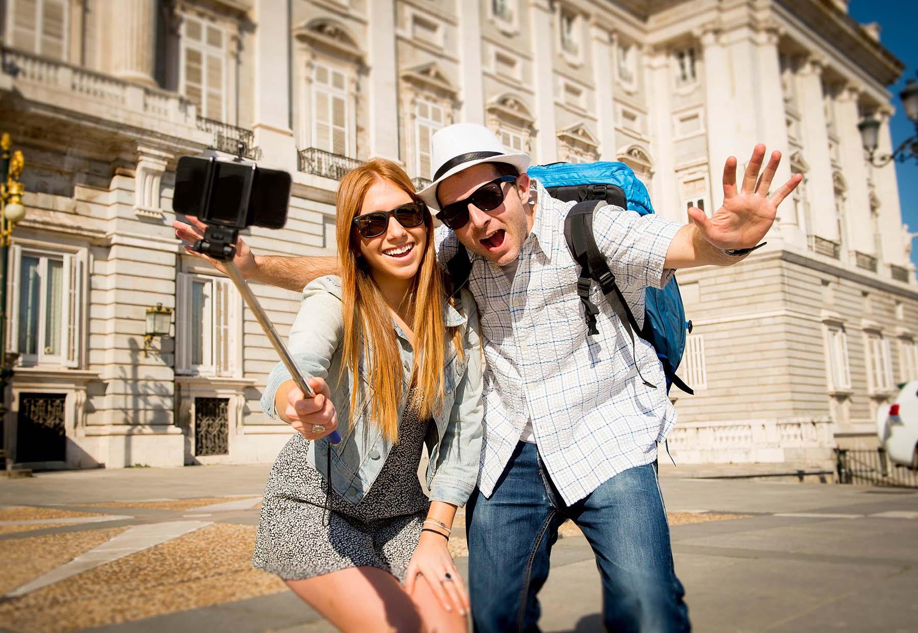 Октября день, картинки счастливые люди в городе