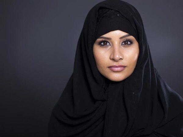 Почему женщины носят паранджу и хиджаб