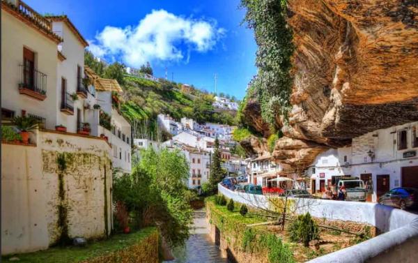7 самых необычных мест, где живут самые обычные люди