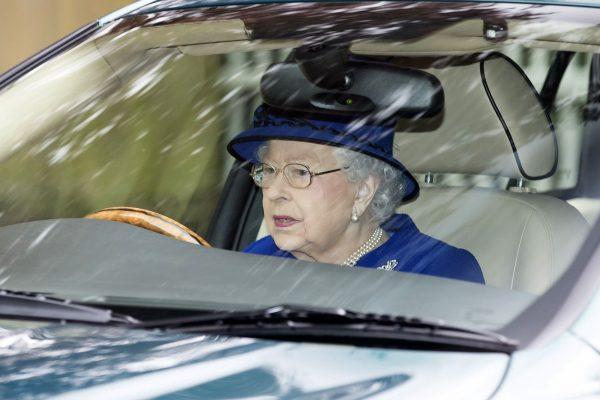 Королеве закон не писан! Какие законы может нарушать Елизавета 2