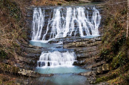 Каскад (водопад) Ахцу