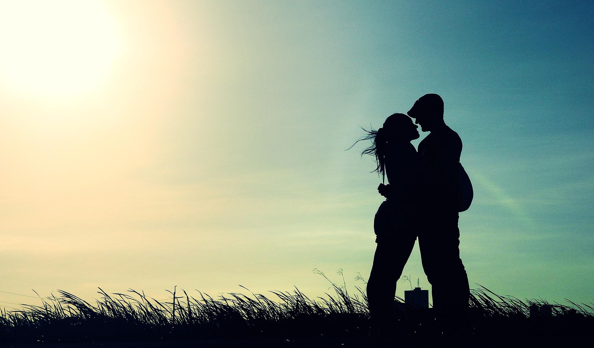 Как романтично провести время
