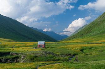 Отдых в Красной Поляне весной 2021: недорогие отели, туры и экскурсии