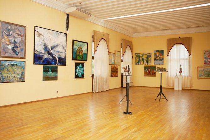 Сочинском художественном музее